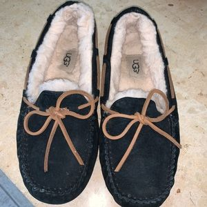 Ugh black slippers. Women's size 8
